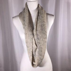 FREE knit infinity scarf